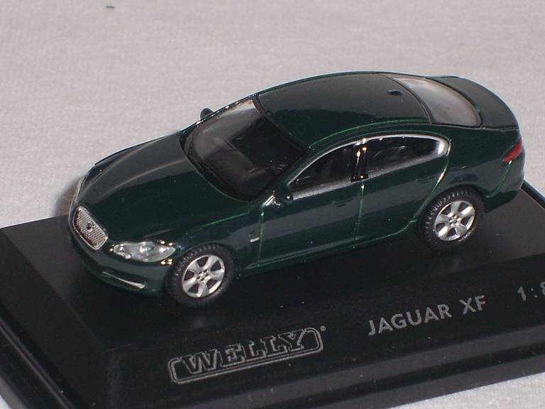 jaguar xf limousine gr n 1 87 welly modellauto modell auto ebay. Black Bedroom Furniture Sets. Home Design Ideas