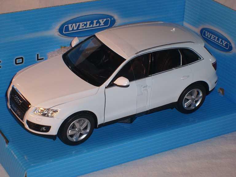 AUDI q5 SUV bianco a partire dal 2008 1//24 Welly Modello Auto con o senza individiuellem...