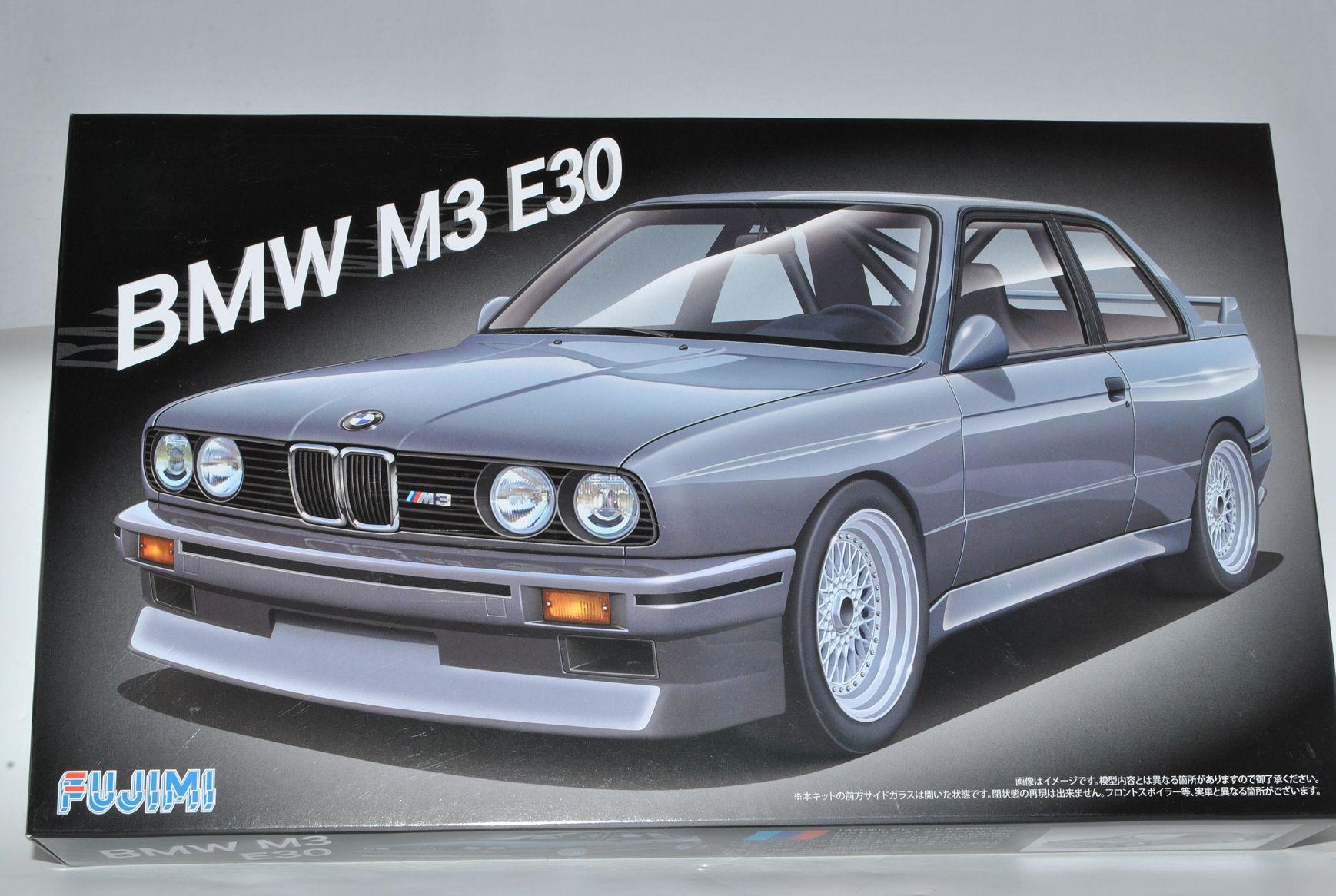 BMW 3er M3 E30 Coupe 3 Türer 1982-1994 Kit Bausatz 1//24 Fujimi Modell Auto mit..