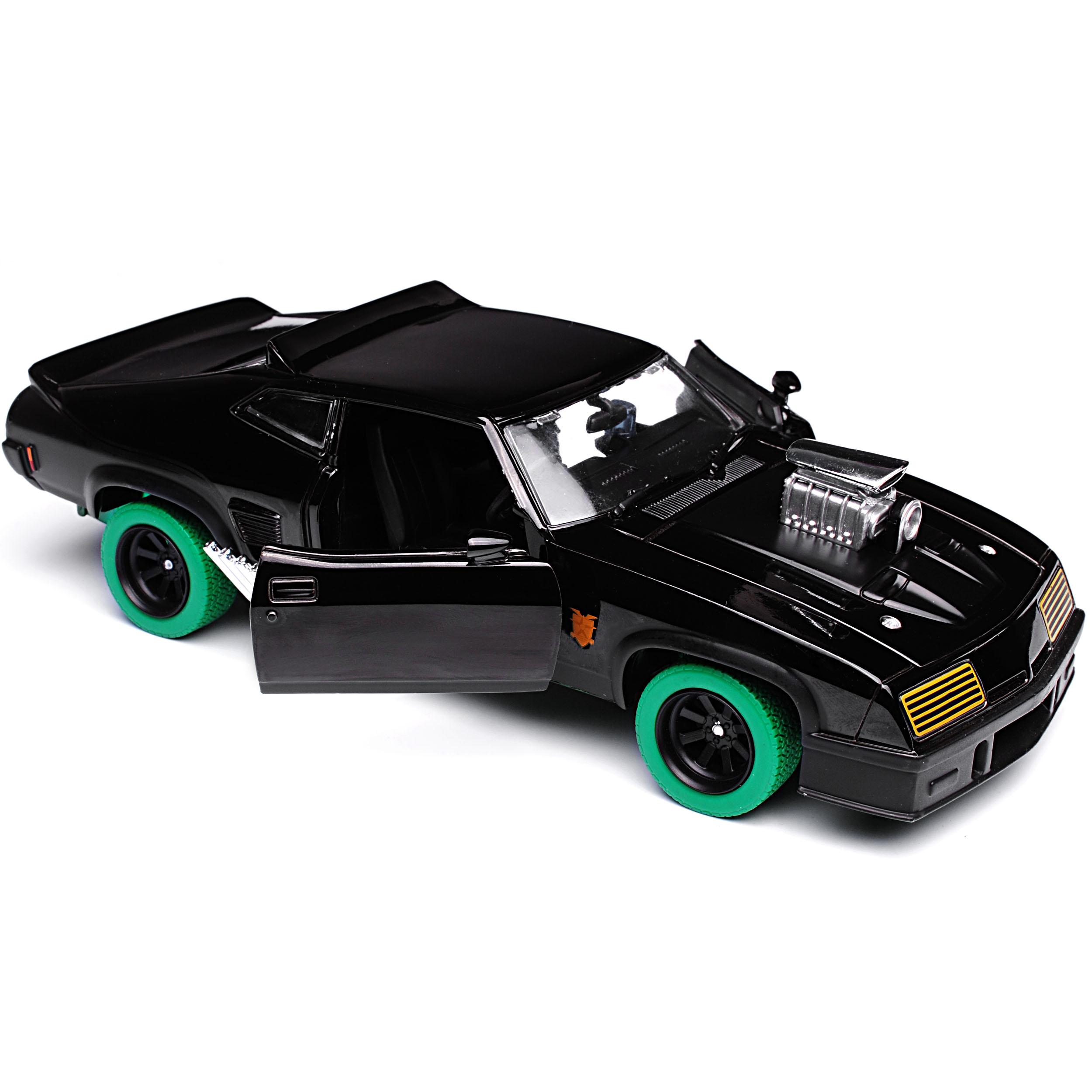 Ford-xb-Falcon-tuned-version-Mad-Max-II-2-Black-interceptor-negro-con-Gruene miniatura 9