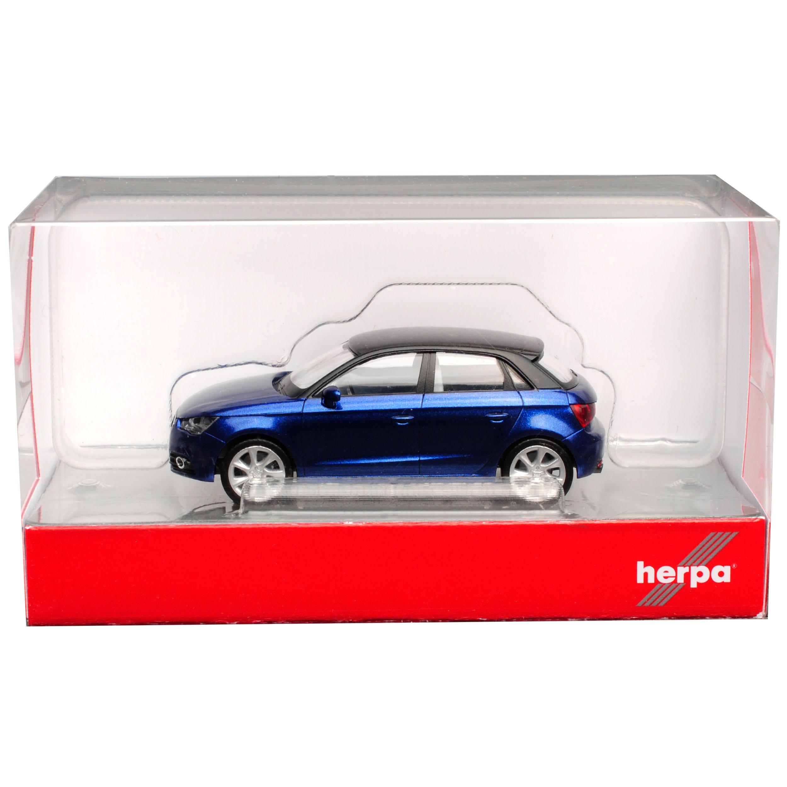 Audi A1 8X Sportback 5 Türer Blau mit schwarzem Dach Ab 2010 H0 1//87 Herpa Mod..