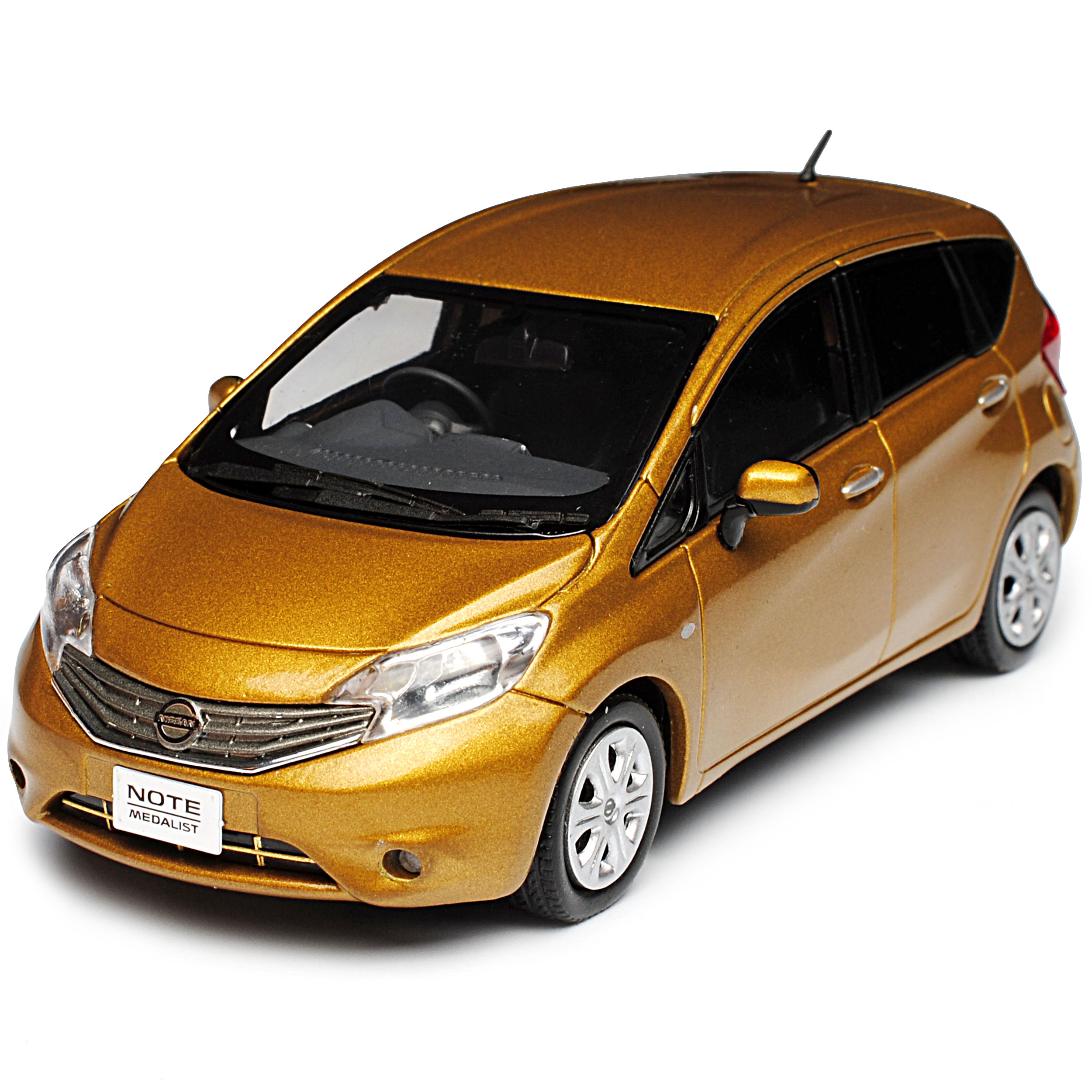 Nissan Note E12 Gold 2. Generation 2012-2016 1 43 43 43 Kyosho J-Collection Modell A.. d4ffb9