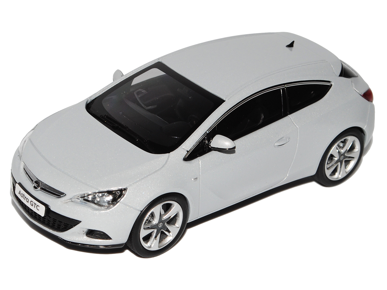 Opel Astra Astra Astra GTC J Ab 2009 Coupe Mineral Weiss silver 1 43 Motorart Modell Auto .. 404d9b