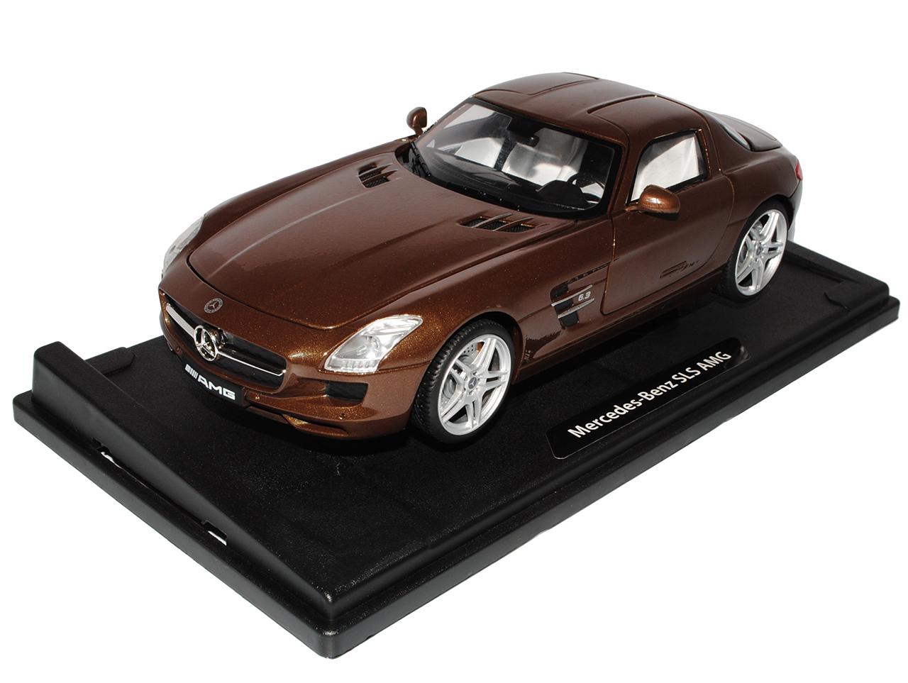 Mercedes-Benz SLS AMG Gullwing Coupe marrón C197 C197 C197 A. modelo de Motormax 1 18 de 2009. 3ec873