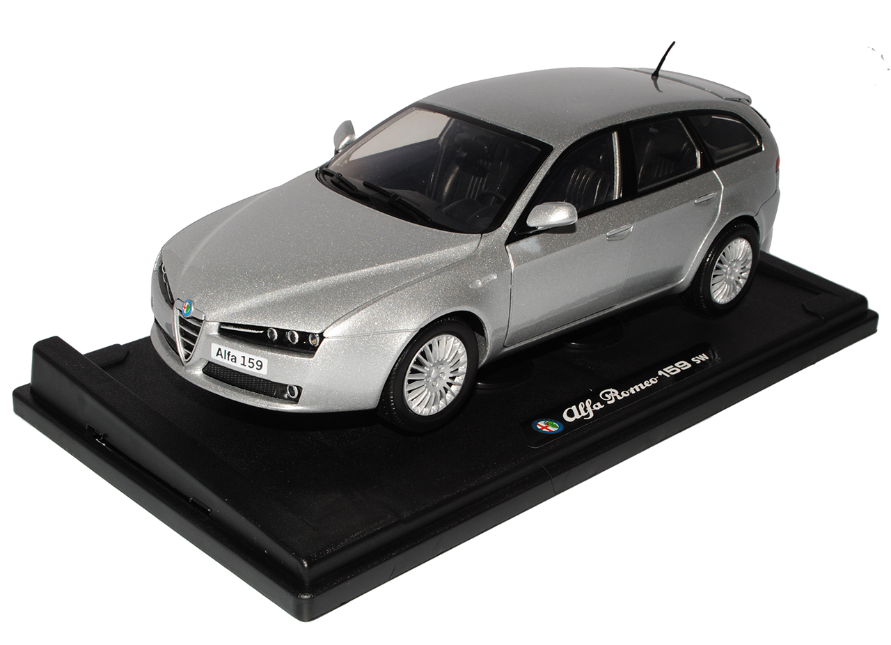 Alfa Romeo 159 SW Sport Wagon Kombi Silber 2005-2011 1//18 Motormax Modell Auto..