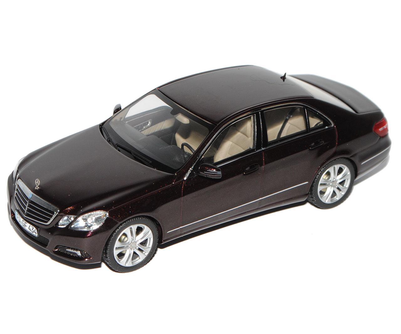 MERCEDES-BENZ E CLASSE E MERCEDES-BENZ w212 berlina Avantgarde Marronee Nero prima Facelift mo... 6742b0